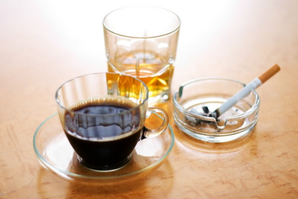 alcohol smoking coffee