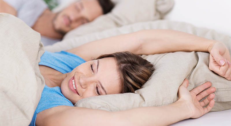 Who Can Benefit from a Snoring Pillow